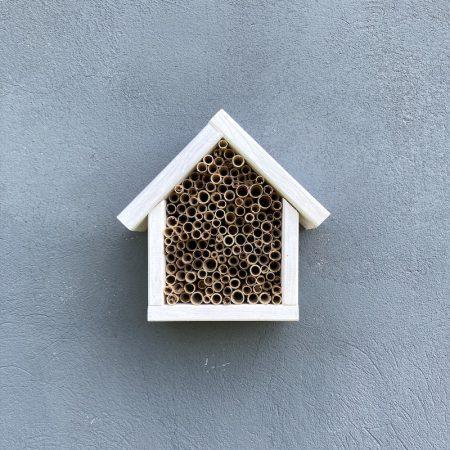 Domek dla pszczół murarek - biały zdjęcie 3